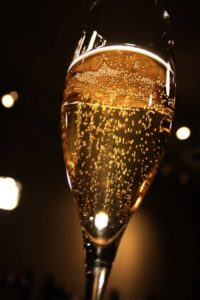 new-years-champagne-flute